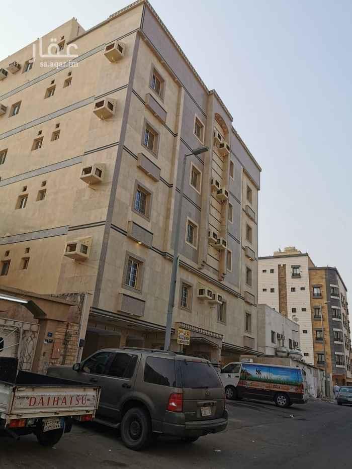 عمارة للبيع في شارع عماره بن ربيعه ، حي البوادي ، جدة ، جدة