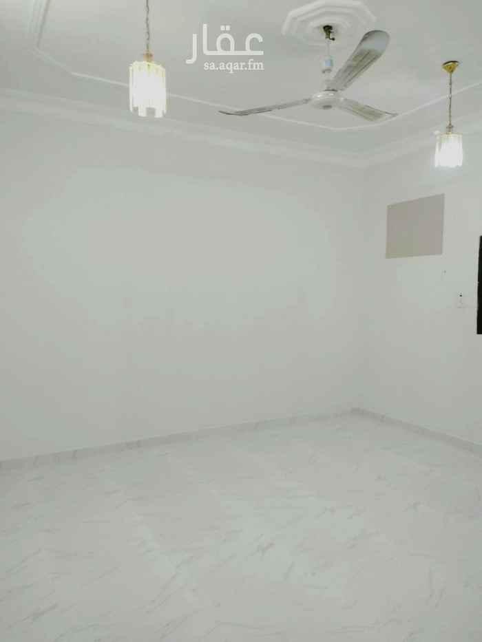 شقة للإيجار في شارع ابن اسد ، حي الملك فيصل ، الرياض ، الرياض