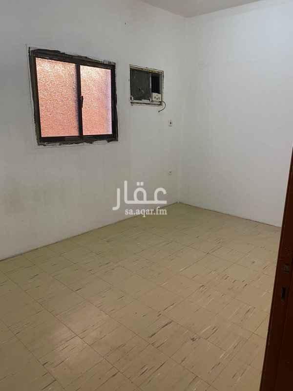 شقة للإيجار في شارع ابن الاستاذ ، حي الضباط ، الرياض ، الرياض
