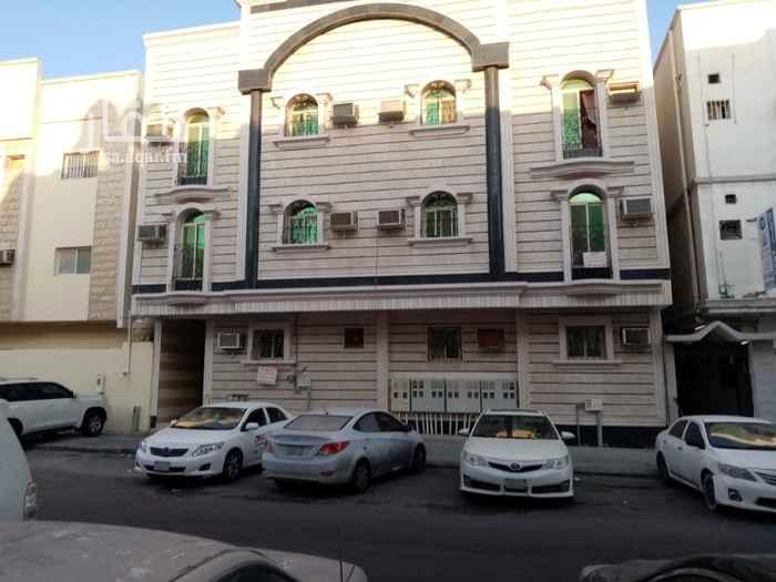 عمارة للبيع في شارع بريدة ، حي الثقبة ، الخبر ، الخبر