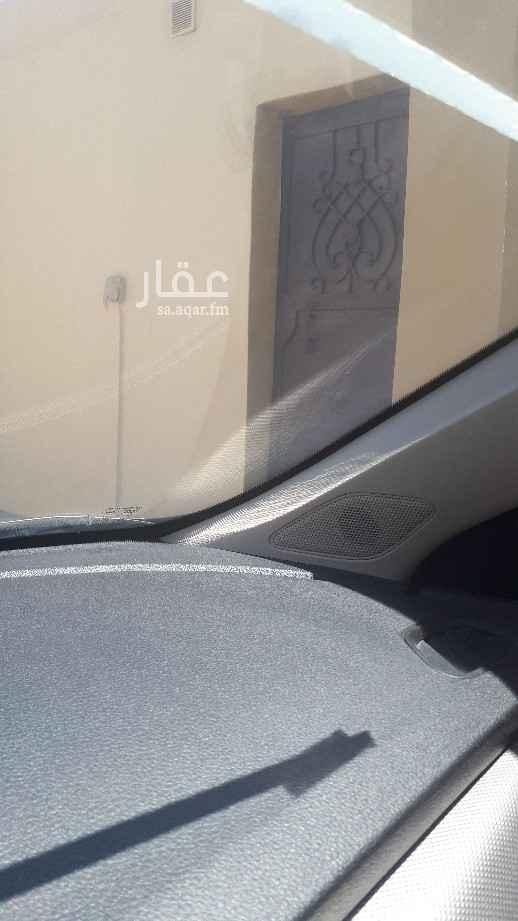 مستودع للإيجار في شارع ابي العباس بن معتز ، حي الاجواد ، جدة