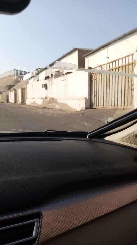 مستودع للإيجار في شارع محمد أبو زهرة ، حي السامر ، جدة ، جدة