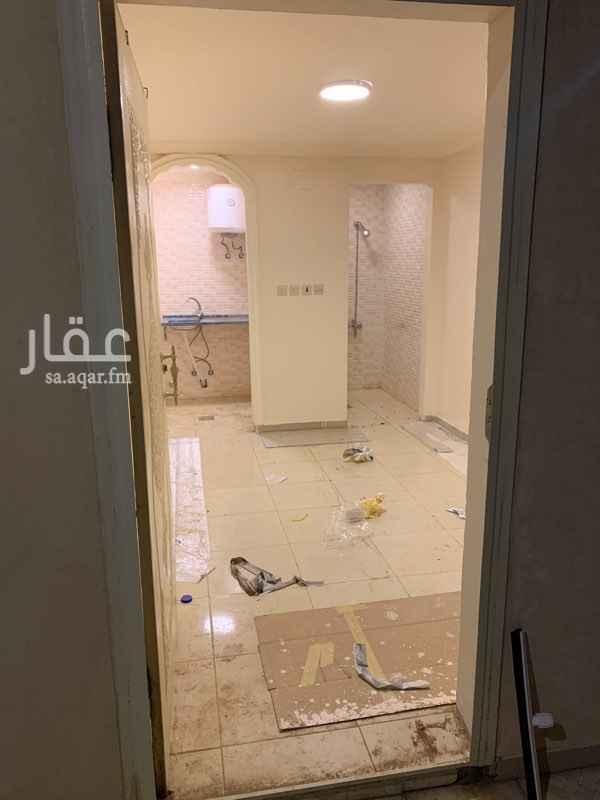 غرفة للإيجار في شارع شعيث بن مطير ، حي الدفاع ، المدينة المنورة