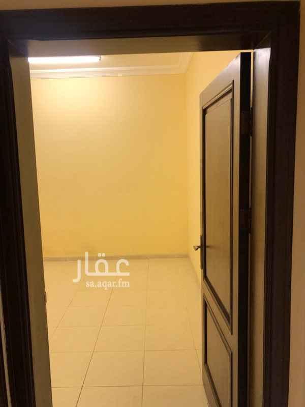 شقة للإيجار في شارع محب الدين القطبي ، حي مدائن الفهد ، جدة ، جدة