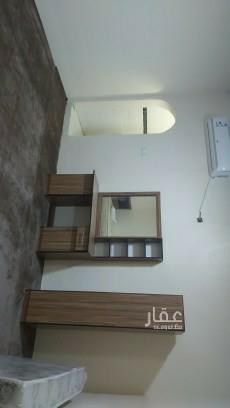 غرفة للإيجار في شارع سفيان بن محبب الثمالي ، حي الدفاع ، المدينة المنورة ، المدينة المنورة