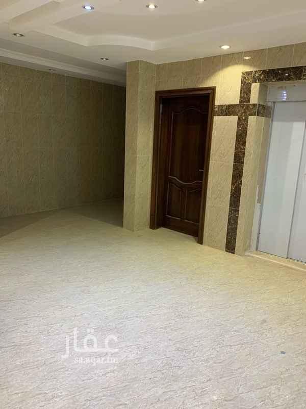 شقة للبيع في شارع احمد بن نصر ، حي الرانوناء ، المدينة المنورة
