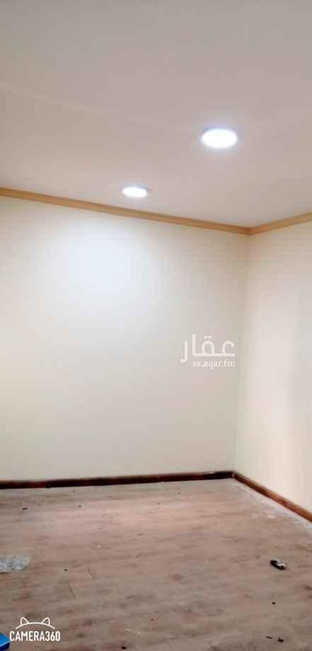 شقة للإيجار في شارع هبة الله البوصيري ، حي العقيق ، الرياض