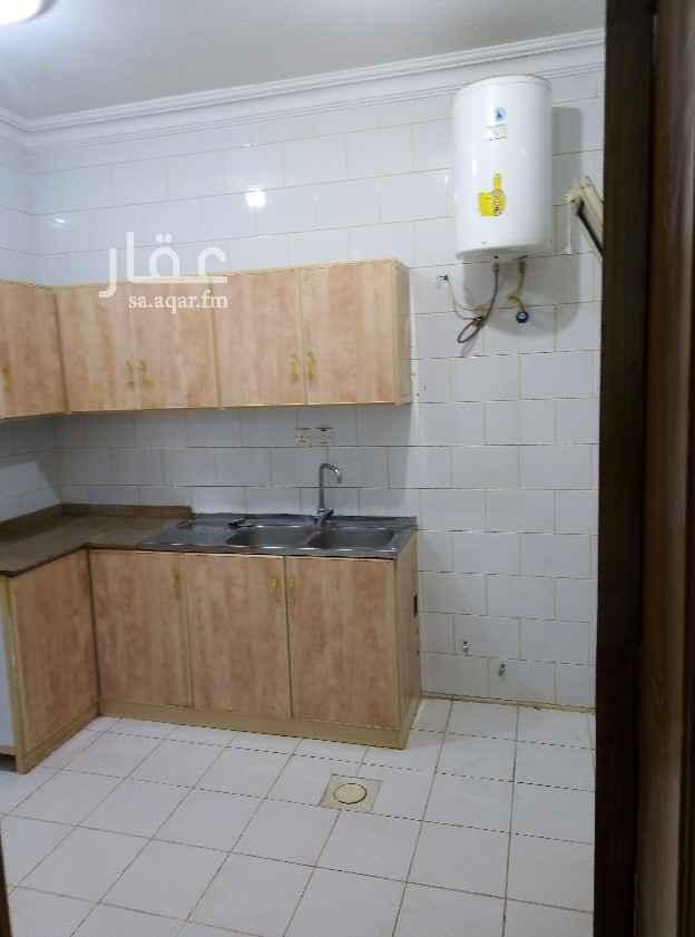 شقة للإيجار في شارع ال عساكر ، حي النزهة ، الرياض ، الرياض