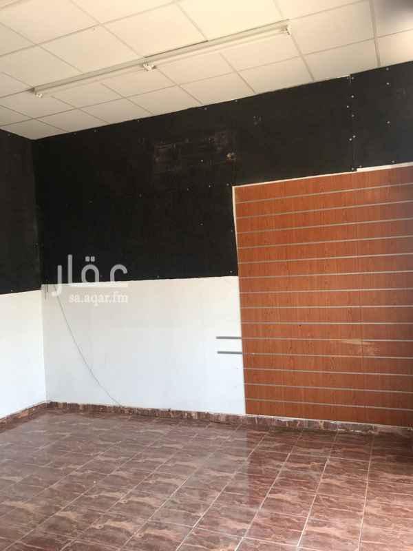 محل للإيجار في شارع ايوب بن واقد ، حي العزيزية ، المدينة المنورة ، المدينة المنورة