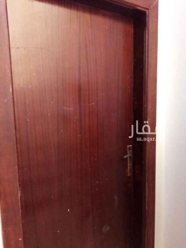 شقة للإيجار في شارع معدي ، حي السعادة ، الرياض ، الرياض