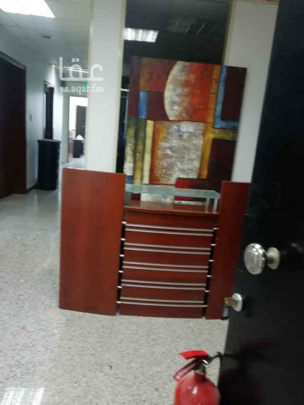مكتب تجاري للإيجار في طريق المدينة المنورة ، حي الفيصلية ، جدة