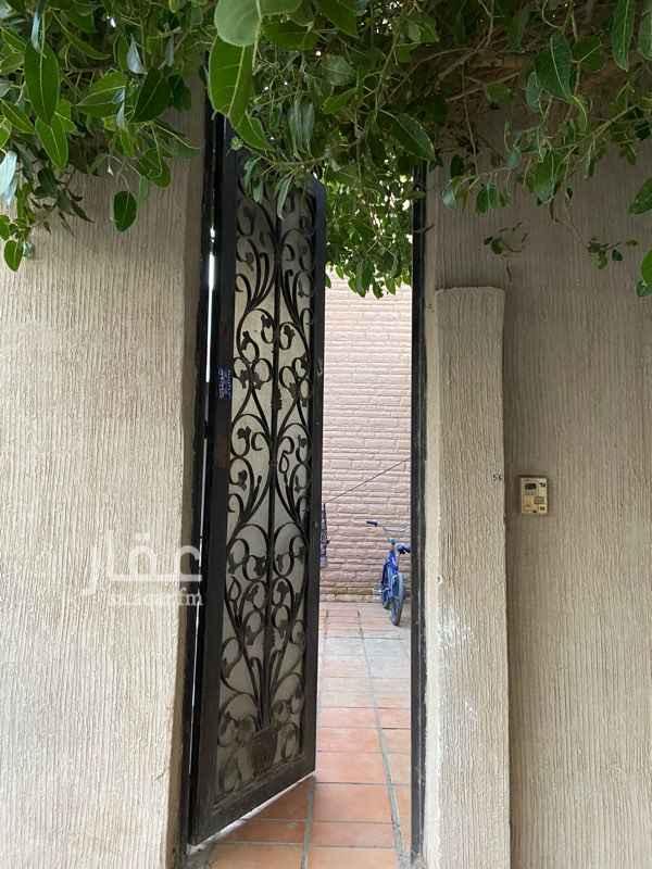 فيلا للبيع في شارع عبدالله بن بري ، حي الملك فهد ، الرياض ، الرياض