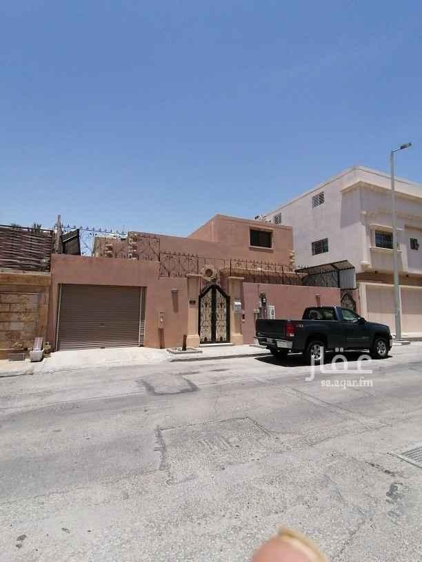 فيلا للإيجار في شارع ابن احمد العسكري ، حي العليا ، الخبر ، الخبر