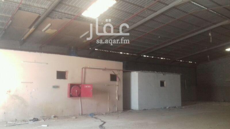 مستودع للإيجار في شارع وادي حنيفة ، حي بدر ، الرياض