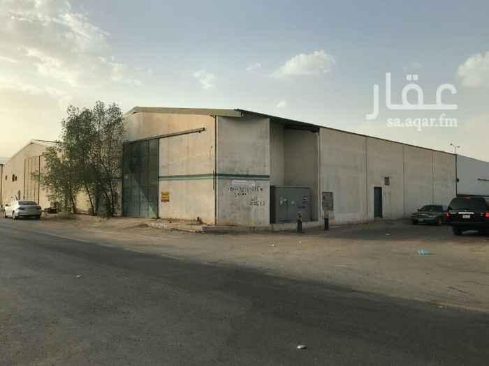 أرض للبيع في شارع السلطوانة ، حي بدر ، الرياض