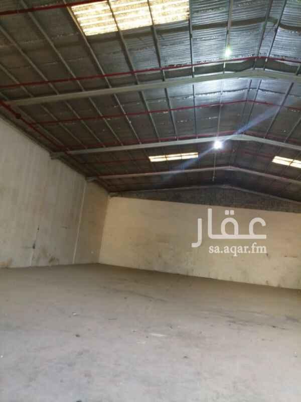 مستودع للإيجار في شارع وادي لحاء ، حي بدر ، الرياض
