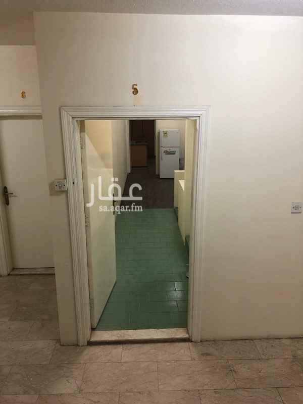 شقة للإيجار في طريق الملك عبدالله ، حي الرائد ، الرياض ، الرياض