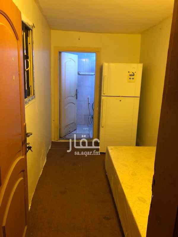 غرفة للإيجار في شارع حمزه البركاني ، حي المروة ، جدة