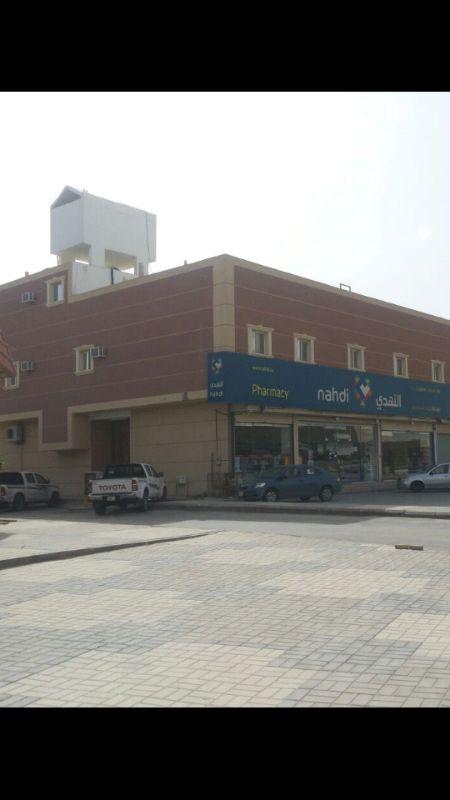 عمارة للبيع في شارع النماص ، حي العزيزية ، الرياض