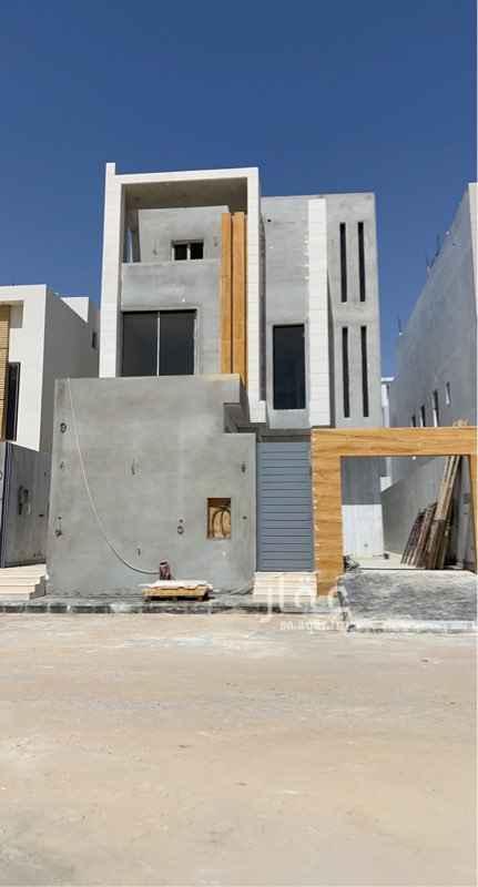 فيلا للبيع في شارع جبل الاعراف ، حي النرجس ، الرياض
