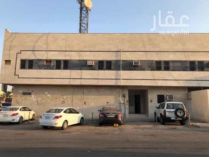 شقة للإيجار في شارع الحسن بن علي ، حي الروضة ، الرياض