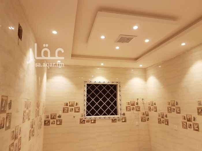 شقة للإيجار في شارع أحمد بن سعيد بن الهندي ، الرياض