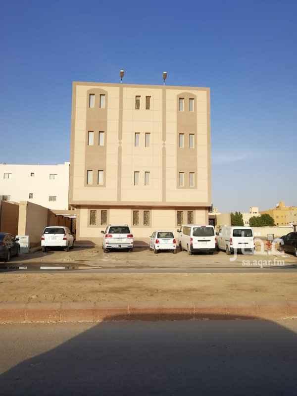 عمارة للبيع في حي العارض ، الرياض