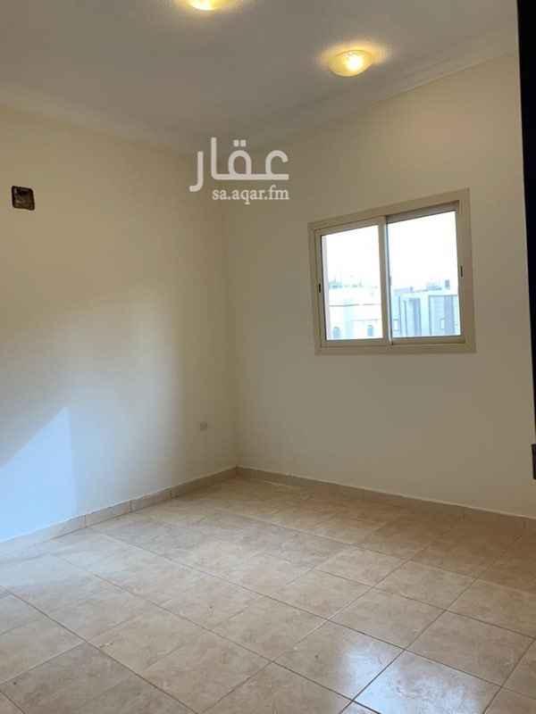 دور للإيجار في شارع رقم 243 ، الرياض