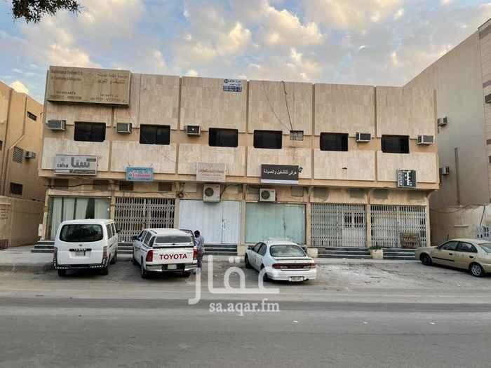 عمارة للبيع في شارع ضرار بن الخطاب ، حي المروج ، الرياض ، الرياض