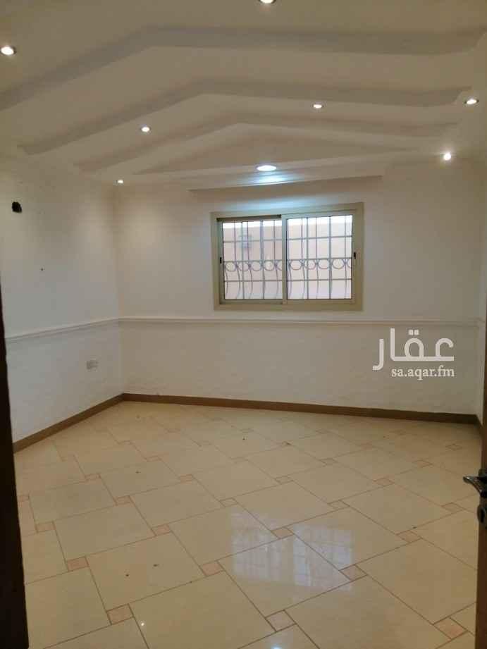 فيلا للإيجار في شارع زهير بن علقمة ، حي المصيف ، الرياض ، الرياض