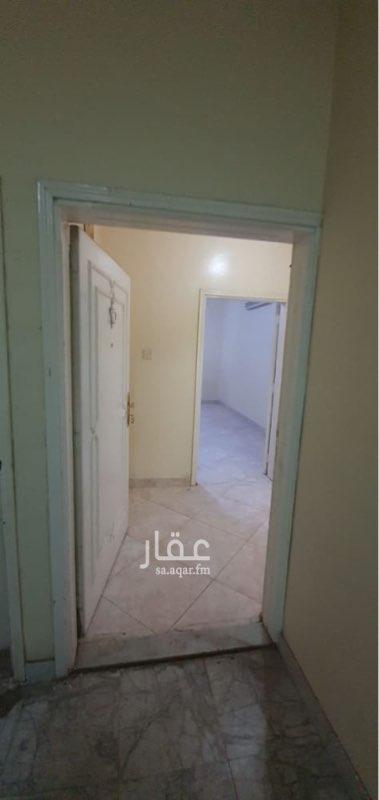 شقة للإيجار في شارع الإمام الشافعي ، حي الروابي ، الرياض ، الرياض