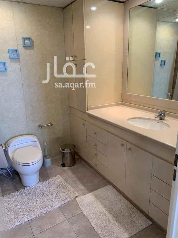 شقة للإيجار في شارع الامام فيصل بن تركي بن عبدالله ، حي الديرة ، الرياض