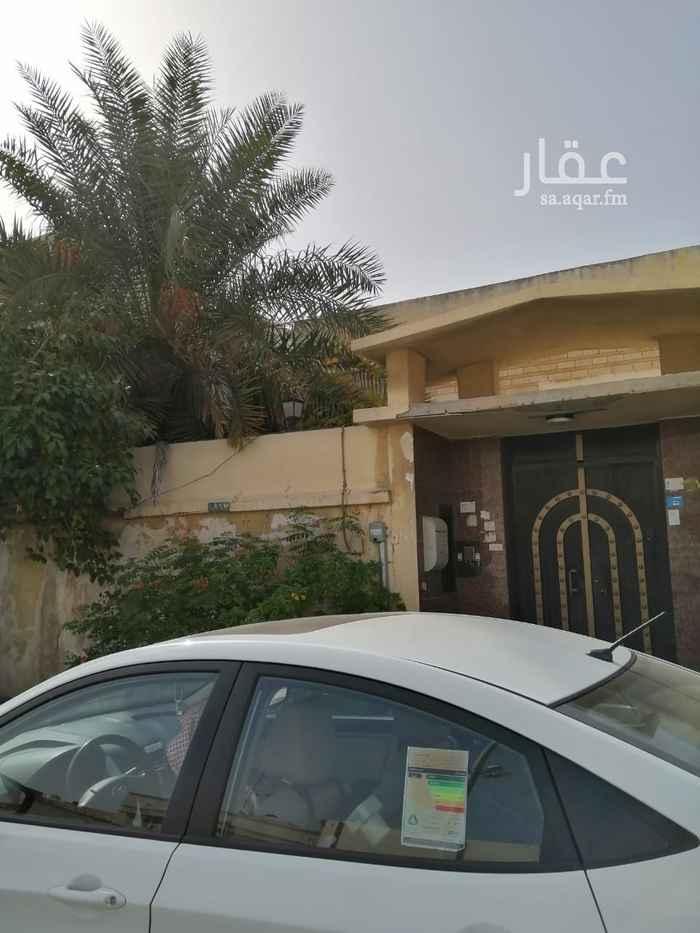 بيت للبيع في شارع شهاب بن عبد الله ، حي مدينة العمال ، الدمام ، الدمام