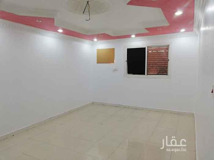 شقة للإيجار في شارع محمد بن المبارك الصوري ، حي الدفاع ، المدينة المنورة ، المدينة المنورة