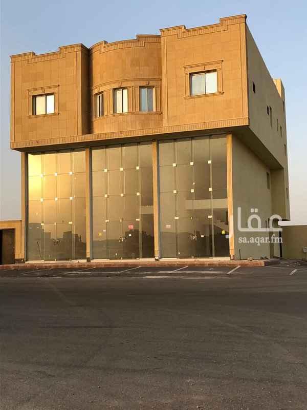 عمارة للبيع في طريق السيل الكبير ، حي المهدية ، الرياض