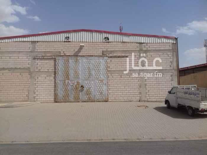 مستودع للإيجار في شارع الحمراء ، حي السلي ، الرياض