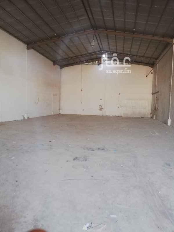 مستودع للإيجار في شارع شافع بن ضرب ، حي بدر ، الرياض