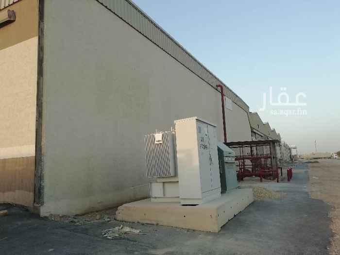 مستودع للإيجار في حي المنصورية ، الرياض