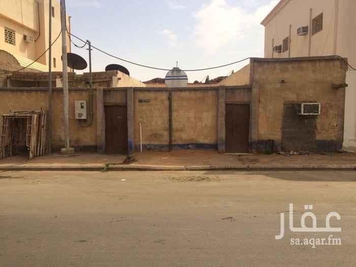 بيت للإيجار في شارع شداش بن اوس ، حي العزيزية ، حائل ، حائل