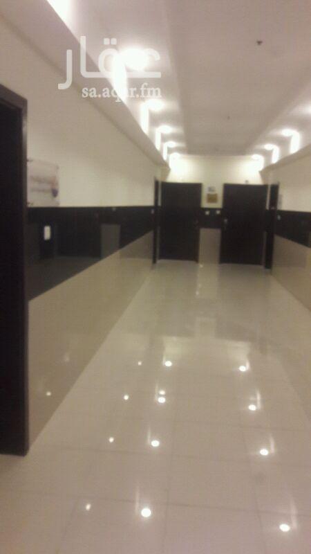 مكتب تجاري للإيجار في شارع الامام عبد الله بن سعود بن عبد العزيز ، حي اشبيلية ، الرياض
