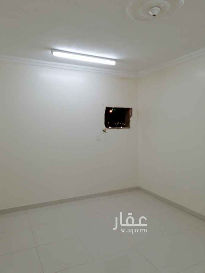 شقة للإيجار في شارع الفرسان ، حي عكاظ ، الرياض ، الرياض