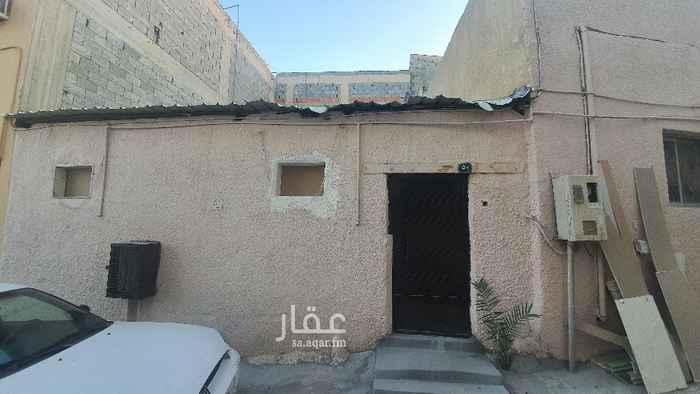 بيت للإيجار في شارع القبة ، حي الشرفية ، الرياض ، الرياض