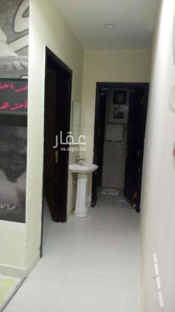 شقة للإيجار في شارع جبل الدخان ، حي ظهرة لبن ، الرياض ، الرياض