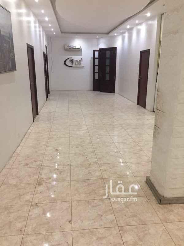 مكتب تجاري للإيجار في حي المربع ، الرياض