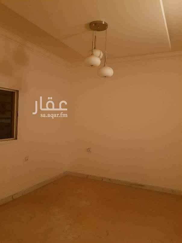 دور للإيجار في شارع الشيخ محمد الشويعر ، حي ظهرة البديعة ، الرياض