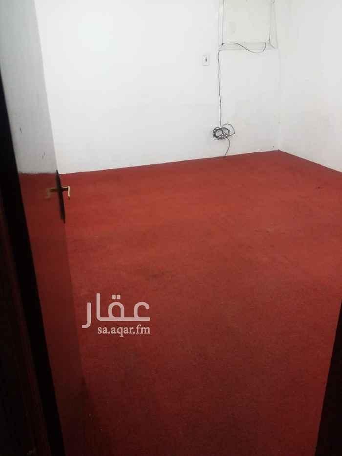 شقة للإيجار في شارع حمزة بن عبد المطلب ، حي السويدي الغربي ، الرياض
