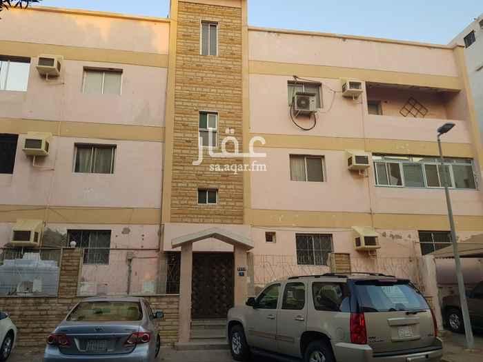 عمارة للبيع في شارع سعيد طيب ، حي العزيزية ، جدة ، جدة