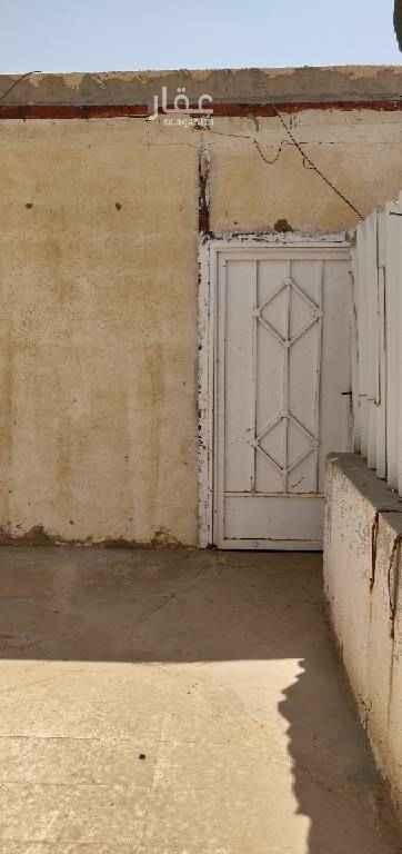 شقة للإيجار في طريق الامير مساعد بن عبدالرحمن بن فيصل ، حي العريجاء الغربية ، الرياض