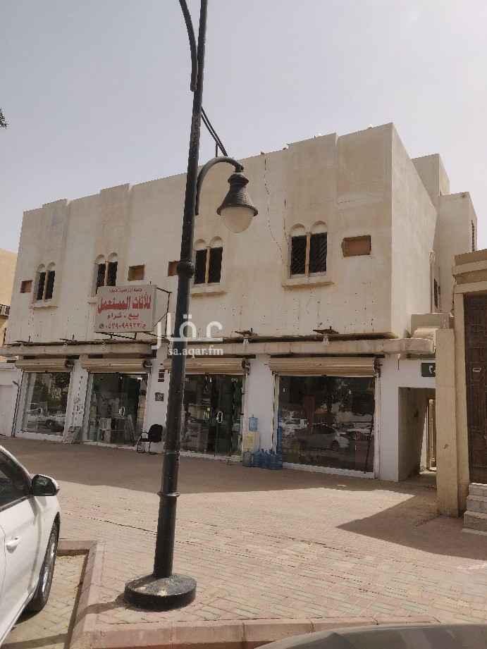 عمارة للبيع في طريق الامير مساعد بن عبدالرحمن بن فيصل ، حي العريجاء الغربية ، الرياض ، الرياض