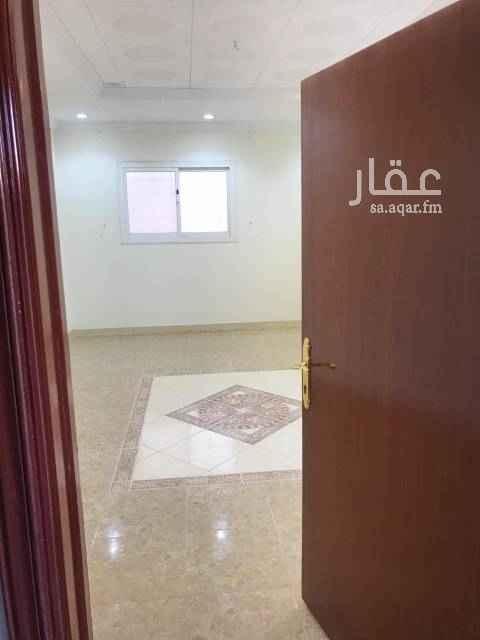 شقة للإيجار في شارع غدير محمد عبدالله العاطفي القحطاني ، حي الشهداء ، الرياض